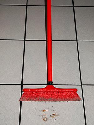 Housework - p813m755719 by B.Jaubert