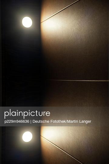 Illumination - p229m946636 by Martin Langer
