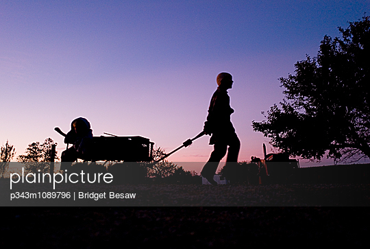 p343m1089796 von Bridget Besaw
