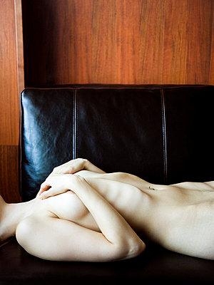 Naked body - p4130087 by Tuomas Marttila
