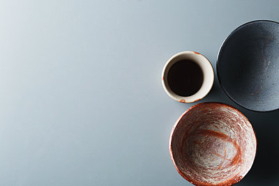 Japanese traditional pottery - p307m1106039f by Hideki Yoshihara