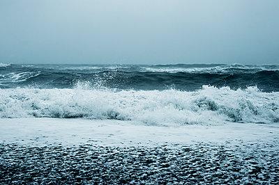 Stürmisches Wetter - p947m1589049 von Cristopher Civitillo