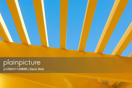 Dach - p1280m1149898 von Dave Wall