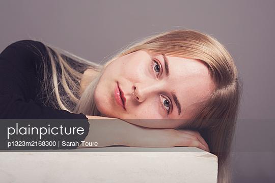 p1323m2168300 by Sarah Toure