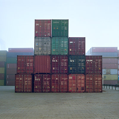 Container - p1214m1017174 by Janusz Beck