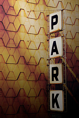Parking sign - p4423314f by Design Pics