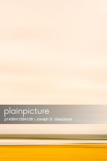 Küstenlandschaft, Bewegungsunschärfe - p1436m1584108 von Joseph S. Giacalone