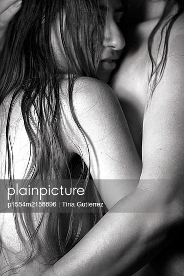 Two women - p1554m2158896 by Tina Gutierrez