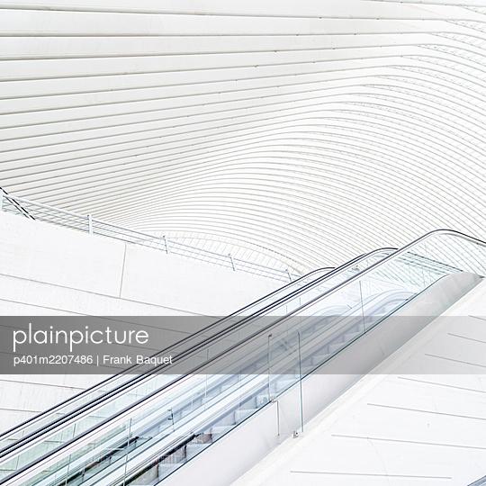 Liège-Guillemins station in Liège - p401m2207486 by Frank Baquet
