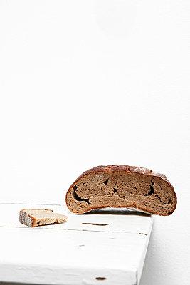 Dry bread - p2370649 by Thordis Rüggeberg