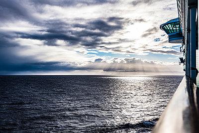 Auf dem Meer - p488m2057491 von Bias