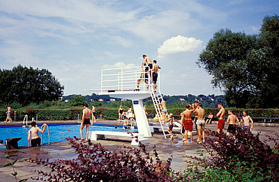 Diving board - p0190235 by Hartmut Gerbsch
