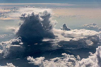 Cloud formation - p1241m2100355 by Topi Ylä-Mononen