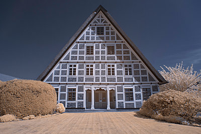 Half-timbered house - p178m956351 by owi