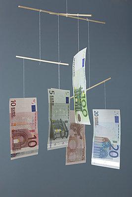 Money - p454m777104 by Lubitz + Dorner