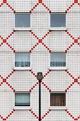 Facade - p1256m2098937 by Sandra Jordan