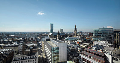 View over city offices including No.1 New York Street, Manchester, Greater Manchester. - p855m713232 by Daniel Hopkinson
