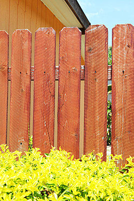 Wooden fence - p0453040 by Jasmin Sander