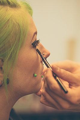 Alternative beauty - p1687m2297686 by Katja Kircher
