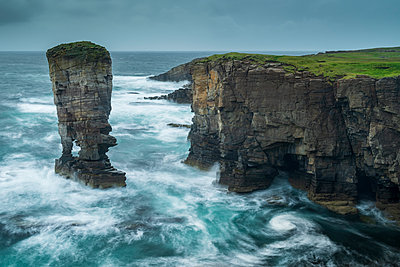 Yesnaby Castle sea stack and cliffs on the wild west coast of Orkney, Scotland, United Kingdom, Europe - p871m2209437 by Adam Burton