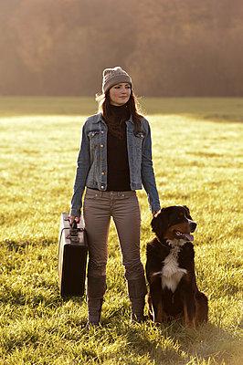 Verreisen mit Hund - p2200900 von Kai Jabs