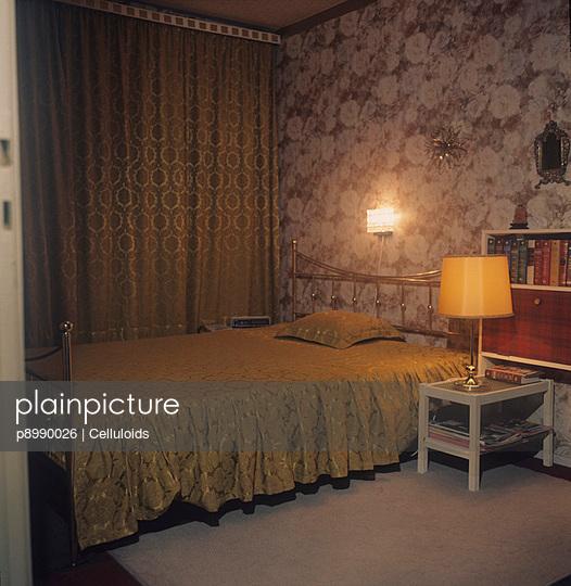 Goldenes Bett - p8990026 von Celluloids