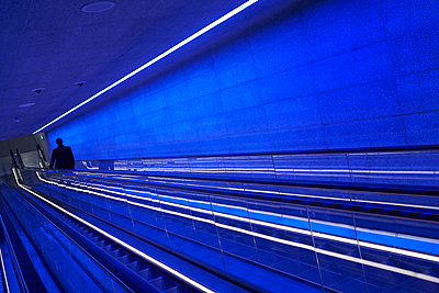 Escalator in the subway station - p1198m2278306 by Guenther Schwering