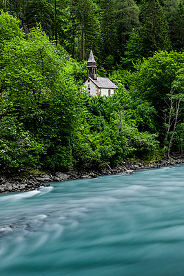 Little chapel - p248m1051802 by BY