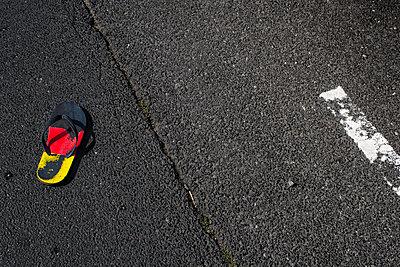 Deutsche Sandale - p417m1119699 von Pat Meise