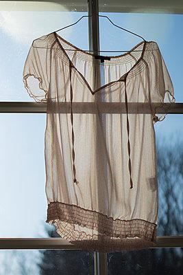White blouse - p1657m2262422 by Kornelia Rumberg