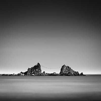Long exposure view of Mitsuishi Rocks before sunset, Kanagawa Prefecture, Japan - p1166m2157072 by Cavan Images