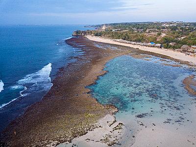 Indonesia, Bali, Aerial view of Balangan beach - p300m2024055 von Konstantin Trubavin