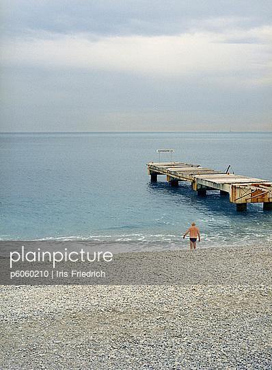 Strand von Nizza - p6060210 von Iris Friedrich