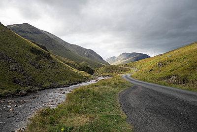 Glen Etive in Scotland - p973m1496218 by Jennifer Rumbach