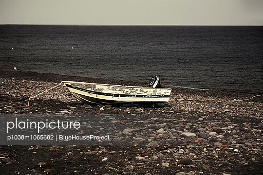 Lipari - p1038m1065682 by BlueHouseProject