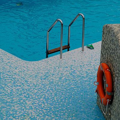Cruise ship, Pool - p1105m2125124 by Virginie Plauchut