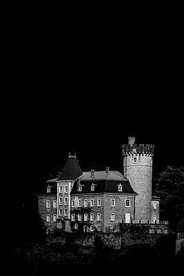 Château Ruphy - p248m1492309 von BY