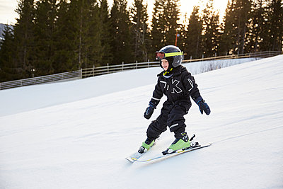 Boy skiing - p312m2052513 by Lina Arvidsson