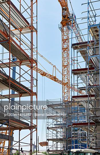 p1203m1475457 by Bernd Schumacher