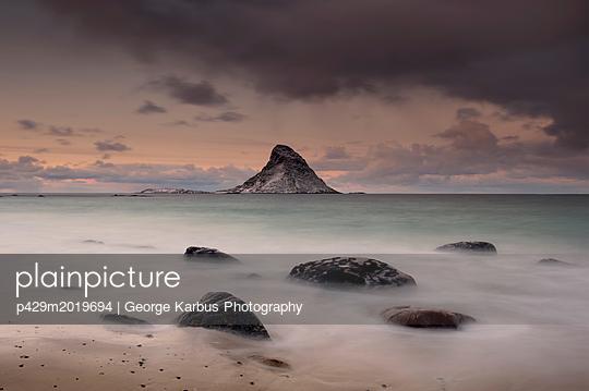 p429m2019694 von George Karbus Photography