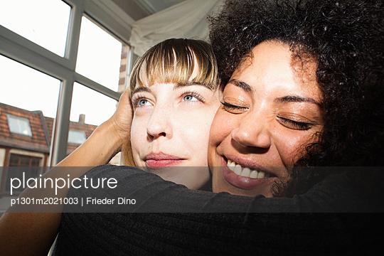 p1301m2021003 by Delia Baum