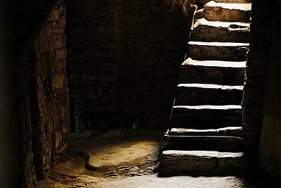 Treppe im Innenhof - p1357m1207555 von Amadeus Waldner