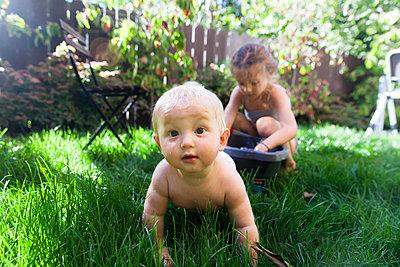 Toddler - p756m995570 by Bénédicte Lassalle