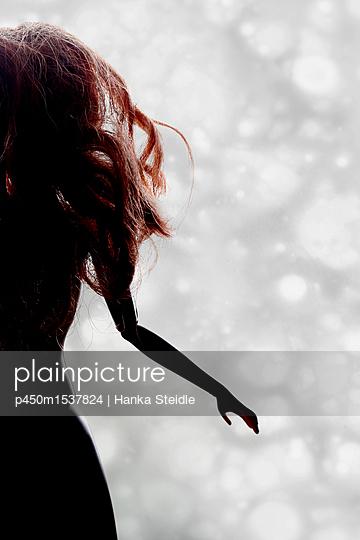 Silhouette of a doll - p450m1537824 von Hanka Steidle