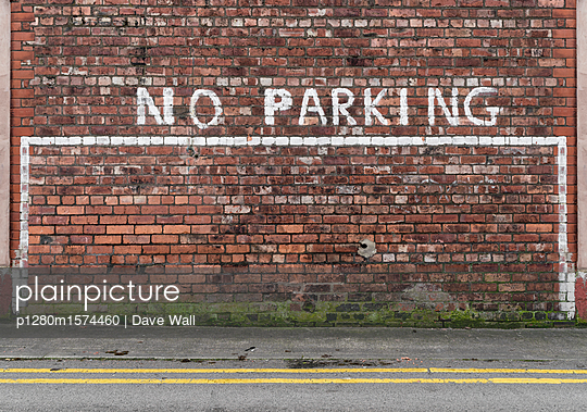 No parking sign - p1280m1574460 by Dave Wall