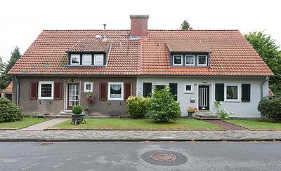 Doppelhaus in Bergarbeitersiedlung I - p105m882375 von André Schuster