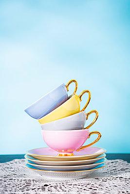 Cups - p1149m2263083 by Yvonne Röder