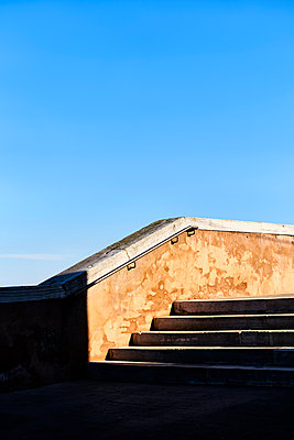 Stairs under blue sky - p1312m2082211 by Axel Killian