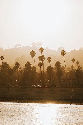 Santa Barbara sunset - p1507m2141495 by Emma Grann