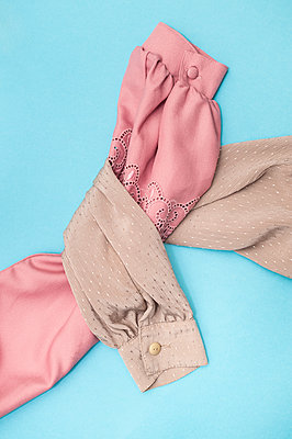 Two blouses - p971m2056847 by Reilika Landen